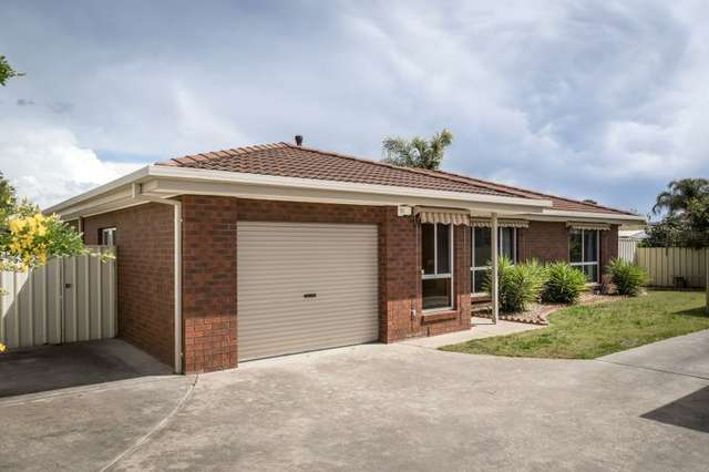 2/425 Schaefer Street, Lavington NSW 2641