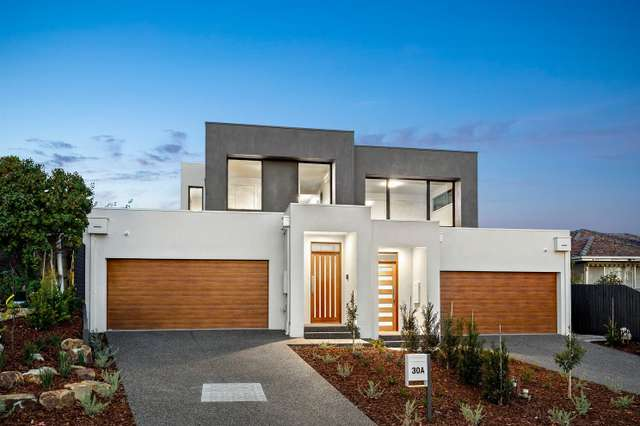 30 & 30A Chatsworth Quadrant, Templestowe Lower VIC 3107