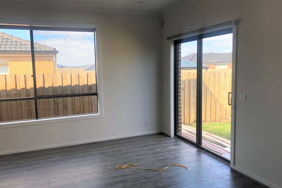 Fourth view of Homely unit listing, 2/11 Parvana Drive, Tarneit VIC 3029