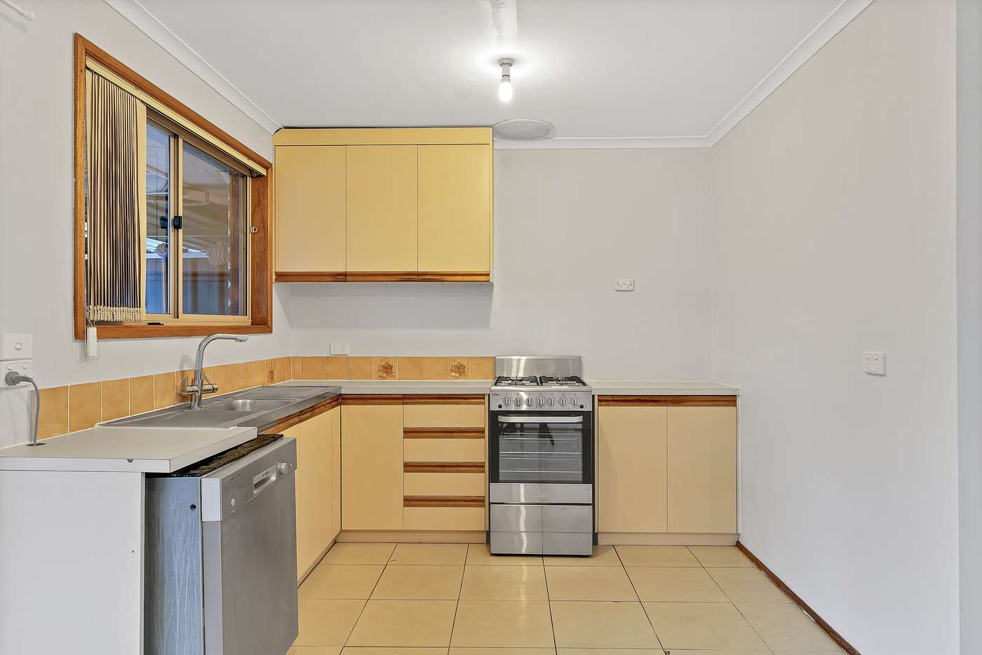 Seventh view of Homely house listing, 28 McInerney Court, Andrews Farm SA 5114