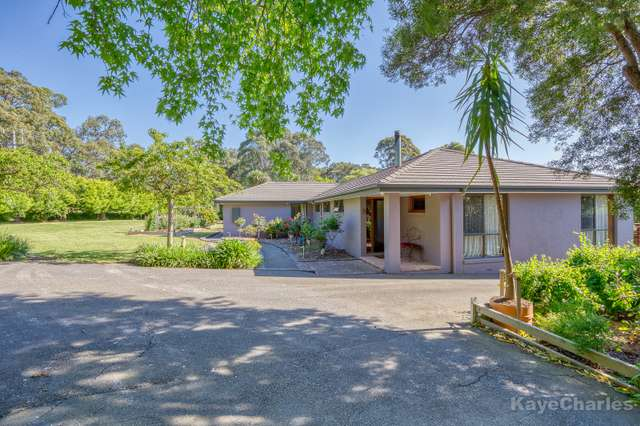 137 Beaconsfield-Emerald Road, Beaconsfield Upper VIC 3808