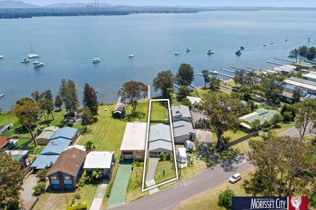 111 Grand Parade, Bonnells Bay NSW 2264