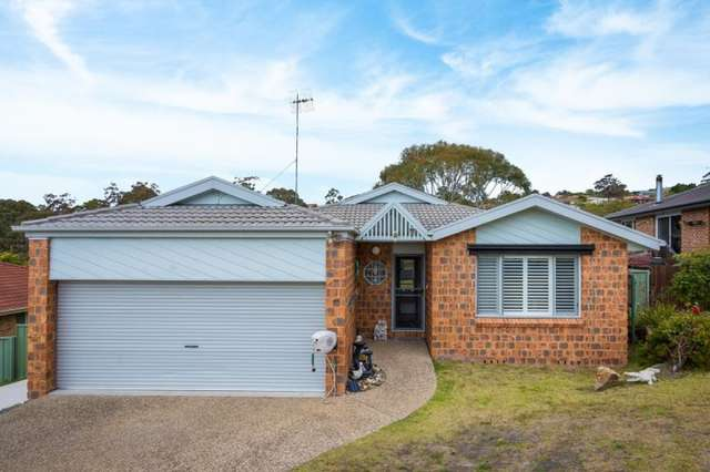 35 The Peninsula, Tura Beach NSW 2548