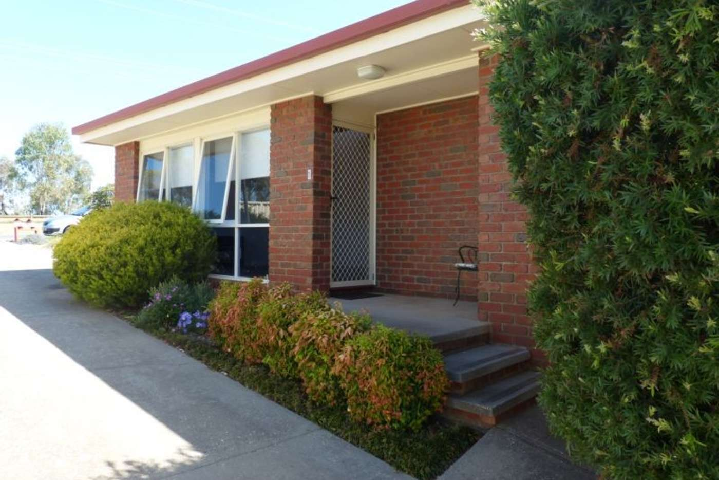 Main view of Homely townhouse listing, 1/383 Day Street, Albury NSW 2640