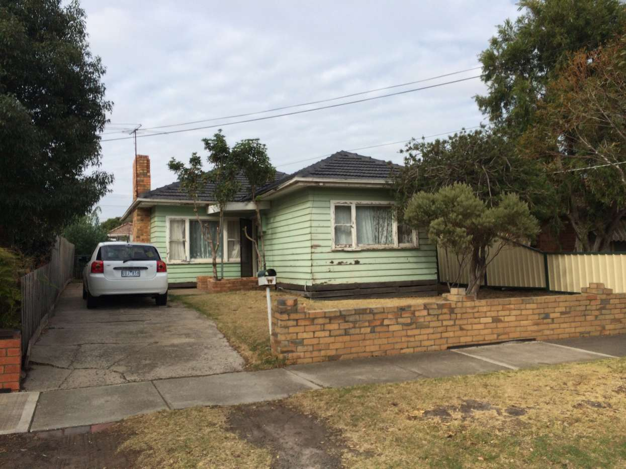 Main view of Homely house listing, 10 Andrew Street, Sunshine, VIC 3020