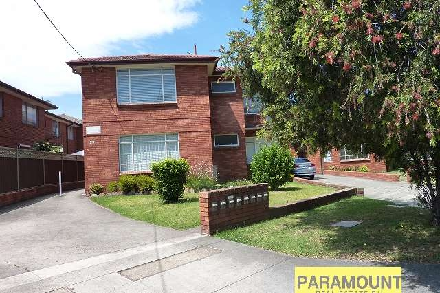 8/27 Parry Avenue, Narwee NSW 2209