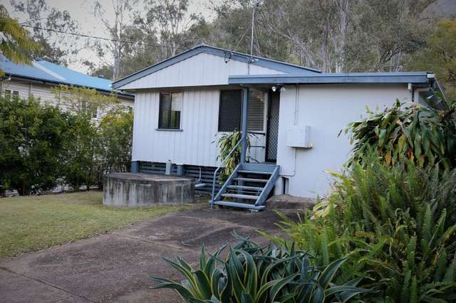 13 King Street, Somerset Dam QLD 4312