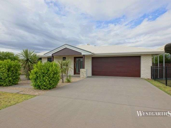 Main view of Homely house listing, 4 Lynne Court, Oakey, QLD 4401