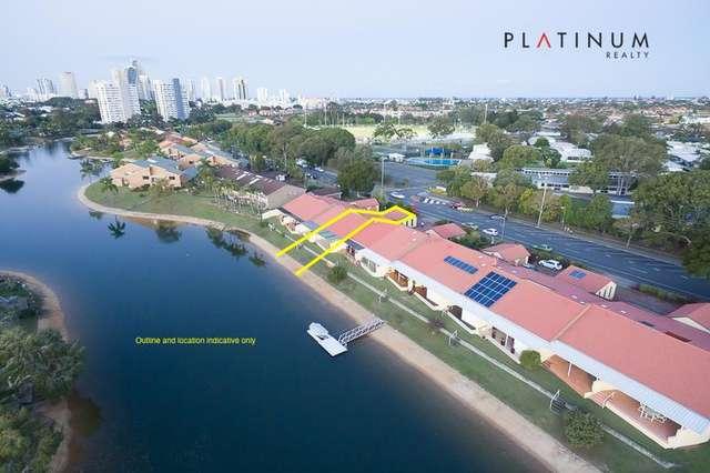 9/8 Dunlop Court, Mermaid Waters QLD 4218