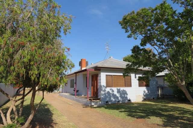 16 Banksia Avenue, Leeton NSW 2705