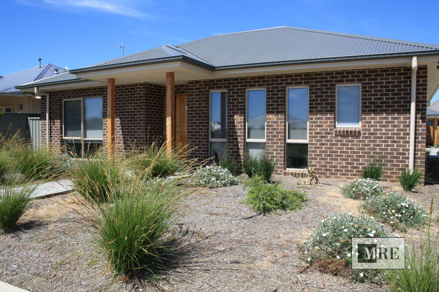 Main view of Homely townhouse listing, 1/18 Kidston Parade, Mansfield VIC 3722