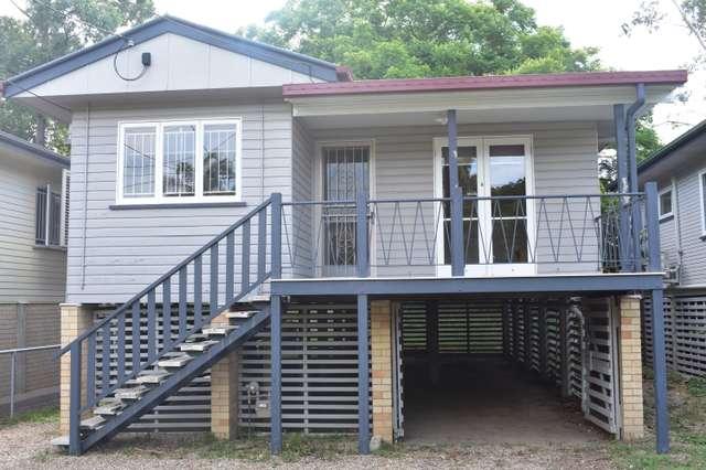 17 Warren St, St Lucia QLD 4067