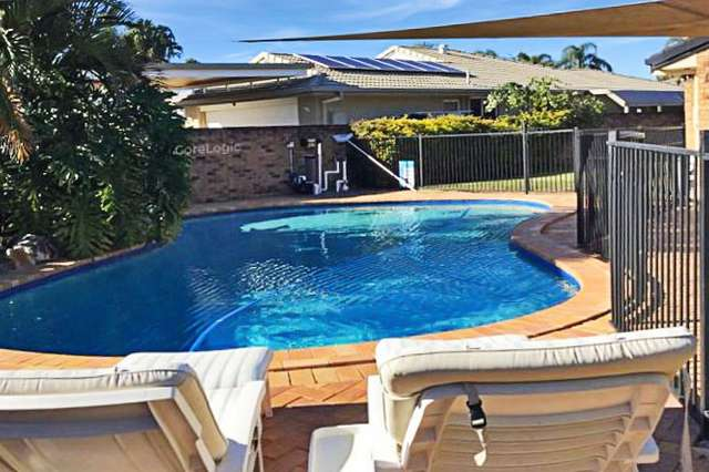 9 Bon Aire Court, Clear Island Waters QLD 4226