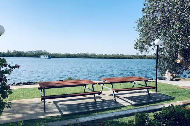 72/11 'Lakeview' The Esplanade, Coombabah QLD 4216