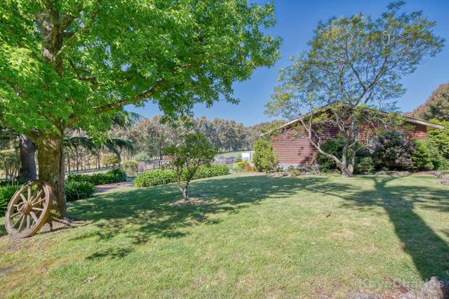 16 Sugarloaf Road, Beaconsfield Upper VIC 3808