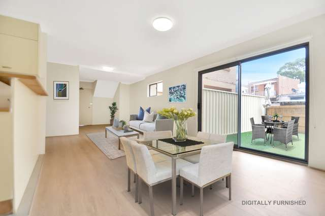 1/10 Jubilee Avenue, Carlton NSW 2218