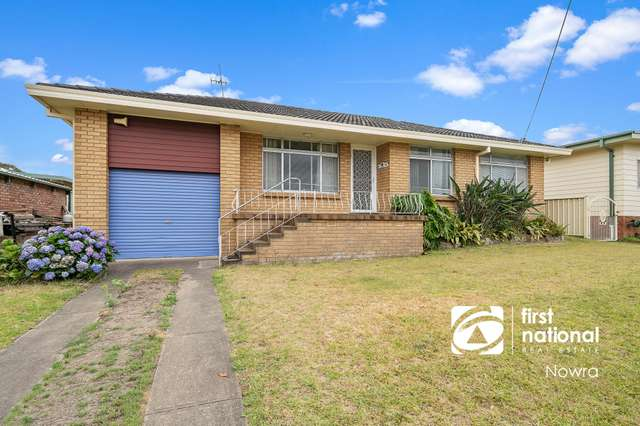 9 Crest Avenue, North Nowra NSW 2541