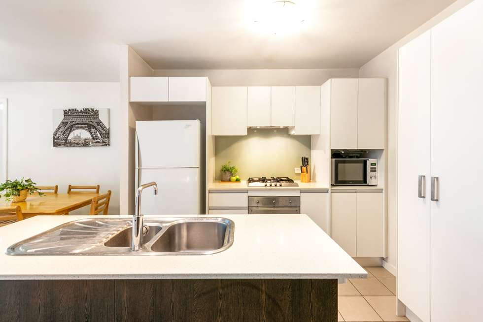 Second view of Homely unit listing, 1601/100 Quay Street, Brisbane City QLD 4000