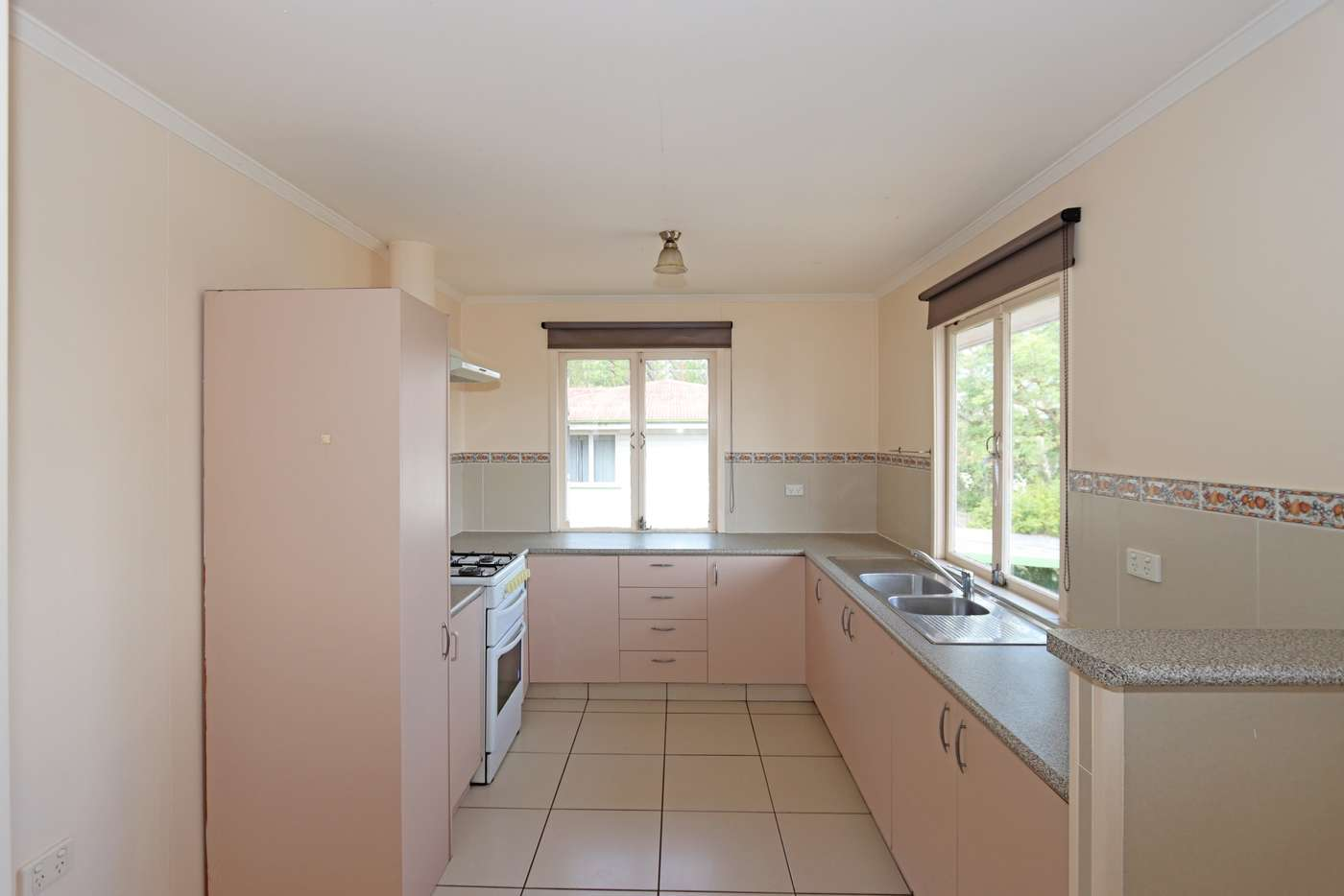 Seventh view of Homely house listing, 38 ASPINALL STREET, Leichhardt QLD 4305