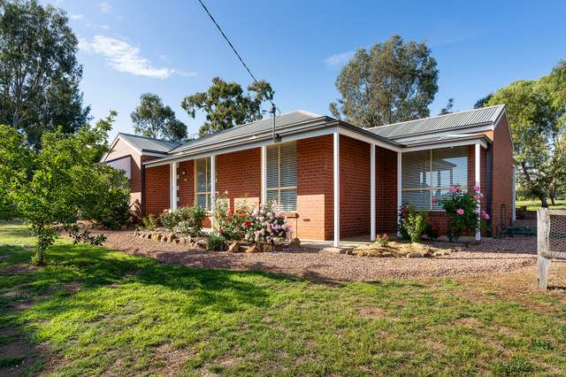 42 Fryers Street, Guildford VIC 3451