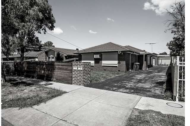 2/92 Merton Street, Altona Meadows VIC 3028