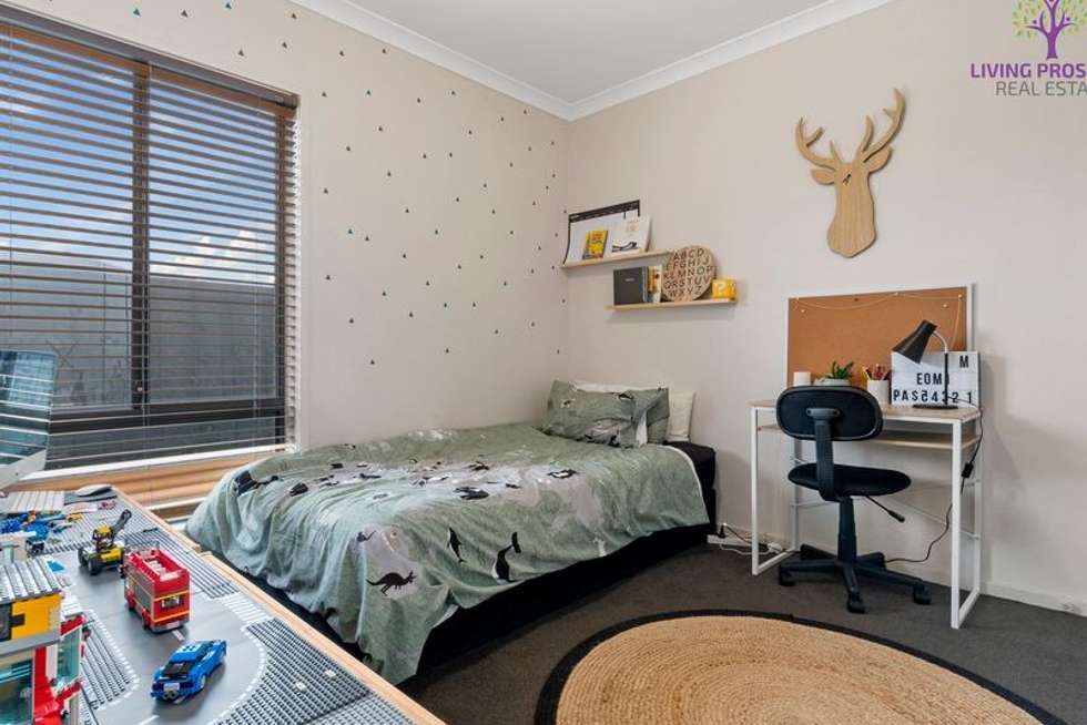 Fifth view of Homely house listing, 47 Seagrass Crescent, Point Cook VIC 3030