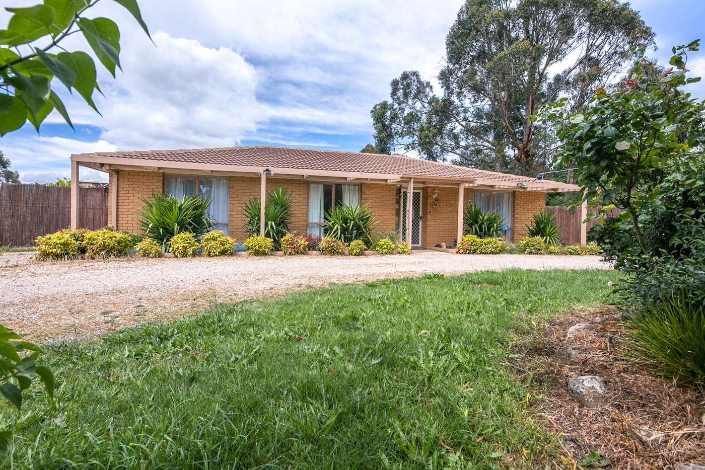 Main view of Homely house listing, 1/23 Reynolds Grove, Romsey VIC 3434
