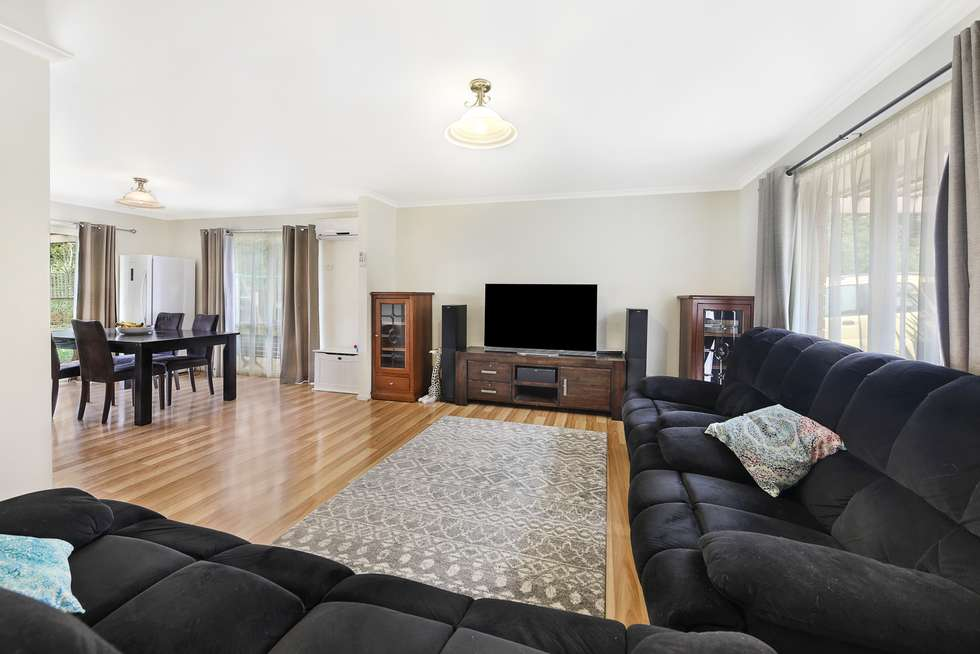 Third view of Homely house listing, 1/23 Reynolds Grove, Romsey VIC 3434