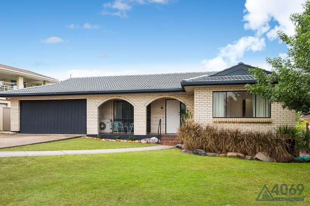 4 Loffs Road, Jamboree Heights QLD 4074