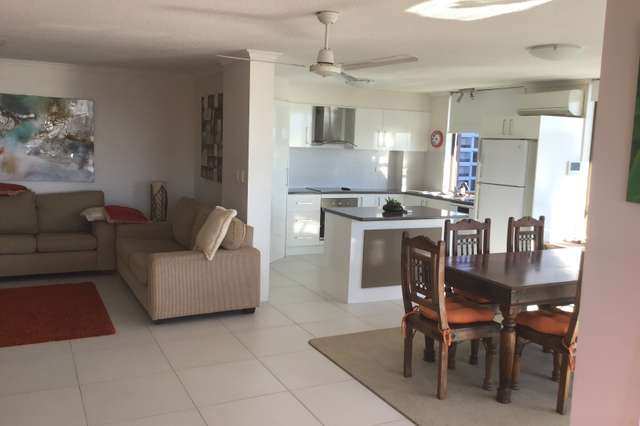 77 Brighton Parade, Southport QLD 4215