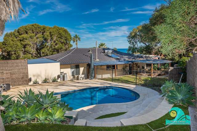 22 Chrisp Place, Yanchep WA 6035