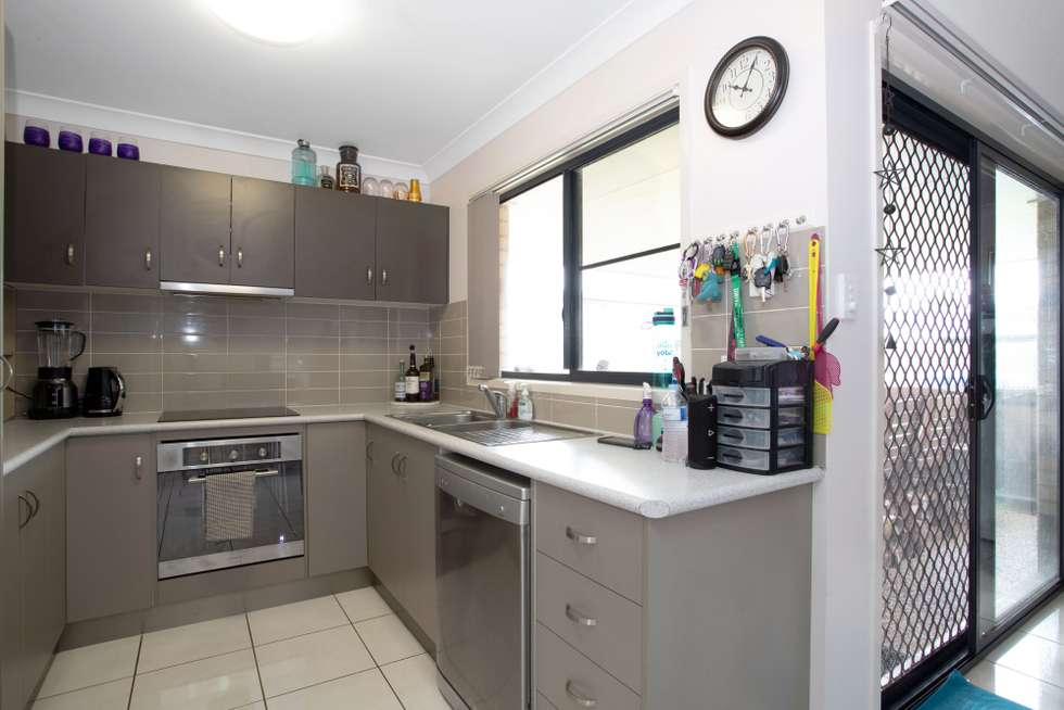 Second view of Homely house listing, 15 Parklane Crescent, Beaconsfield QLD 4740