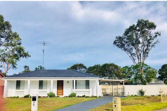 5 Samuel Place, St Clair NSW 2759
