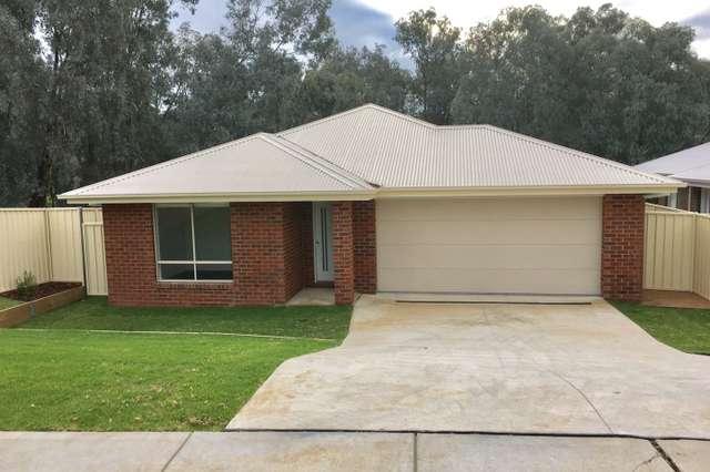 60 Royce Crescent, Lavington NSW 2641