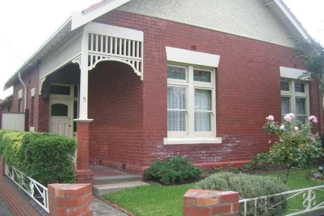 5 Lincoln Road, Essendon VIC 3040