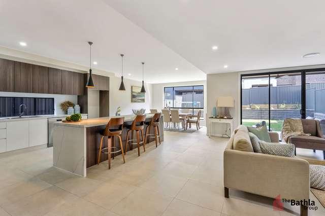 8 Braeburn Crescent, Stanhope Gardens NSW 2768