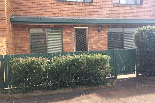 2/20 Cambridge Street, Harristown QLD 4350