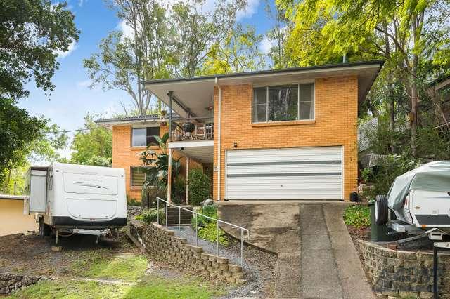 7 Kenhaven Street, Kenmore QLD 4069