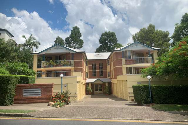 5/9 Jerdanefield Road, St Lucia QLD 4067