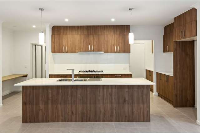 3 PENDERYN STREET, Doolandella QLD 4077