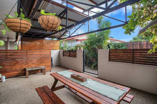 2/11 Pirie Street, South Mackay QLD 4740