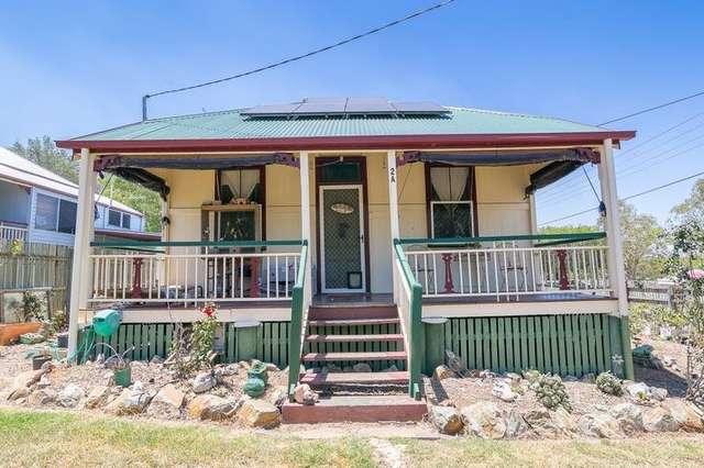 2 General Foch Street, One Mile QLD 4305