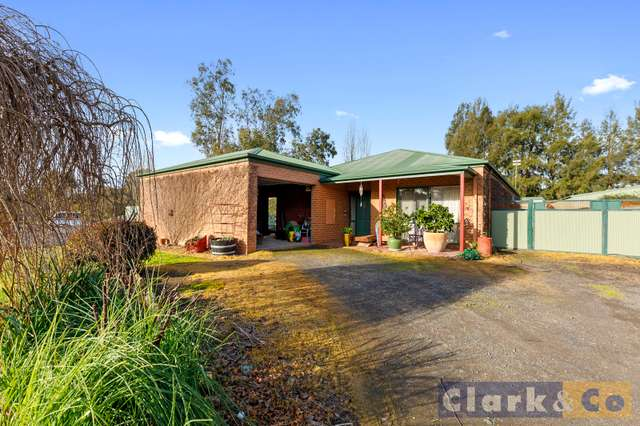 2 Links Road, Mansfield VIC 3722