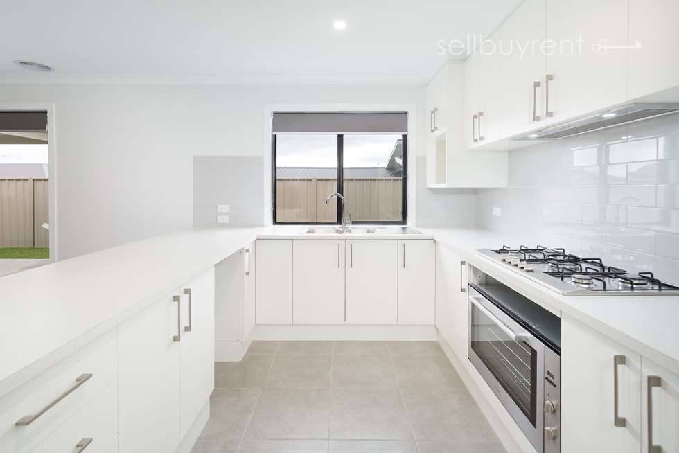 Fourth view of Homely house listing, 35 DARTNELL CRESCENT, Wodonga VIC 3690