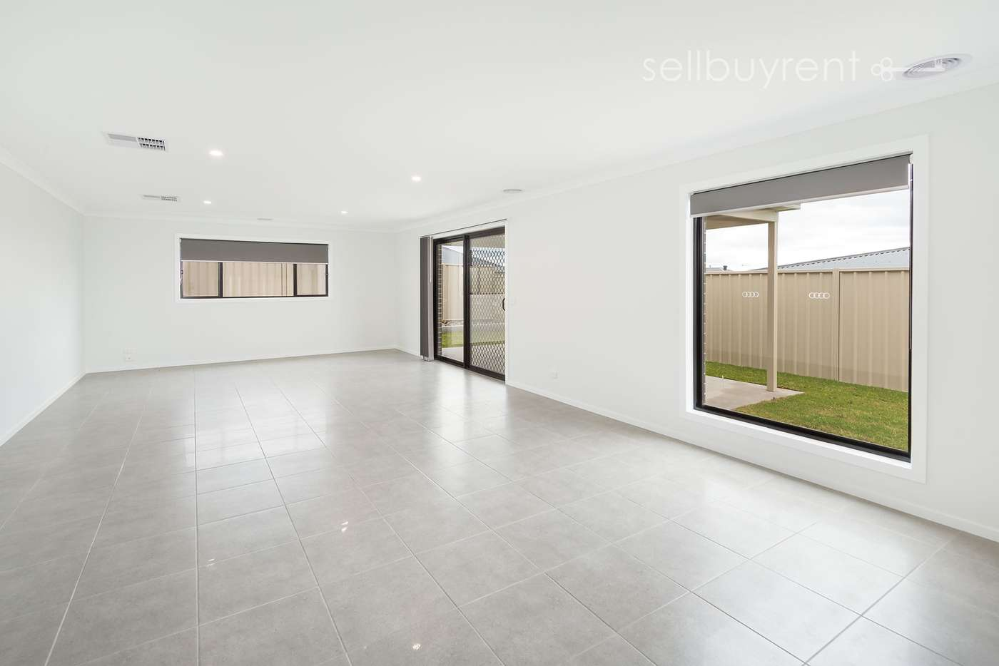 Sixth view of Homely house listing, 35 DARTNELL CRESCENT, Wodonga VIC 3690