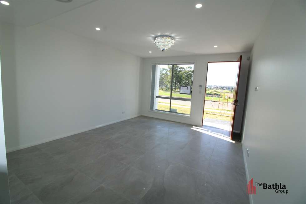 Third view of Homely townhouse listing, 95 Sciberras Avenue, Schofields NSW 2762
