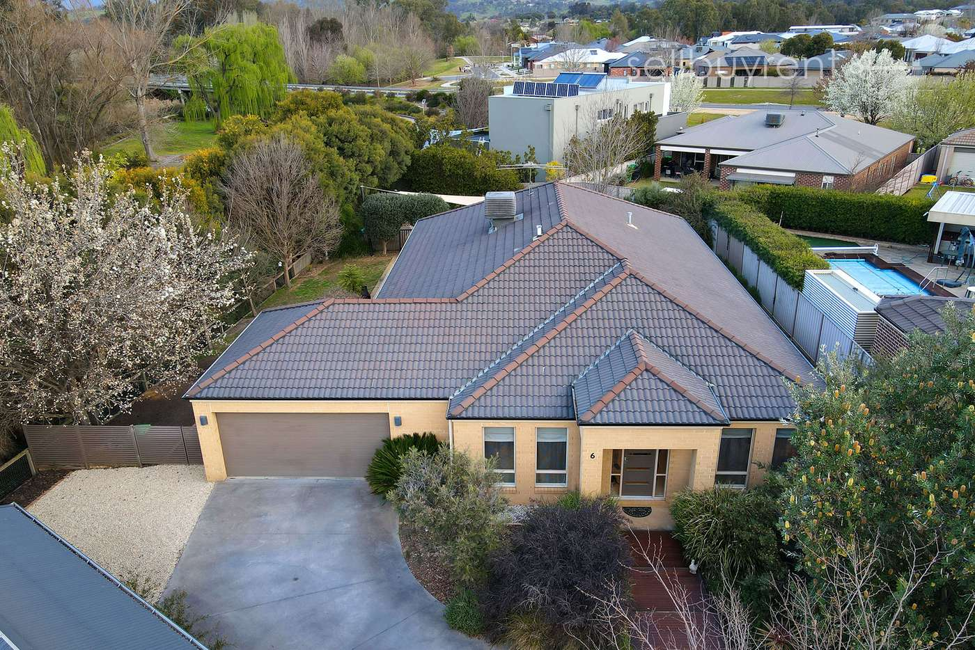 Main view of Homely house listing, 6 HELM COURT, Wodonga VIC 3690