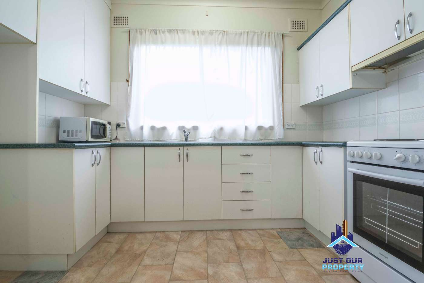 Fifth view of Homely house listing, 10 Stephanie St, Padstow NSW 2211