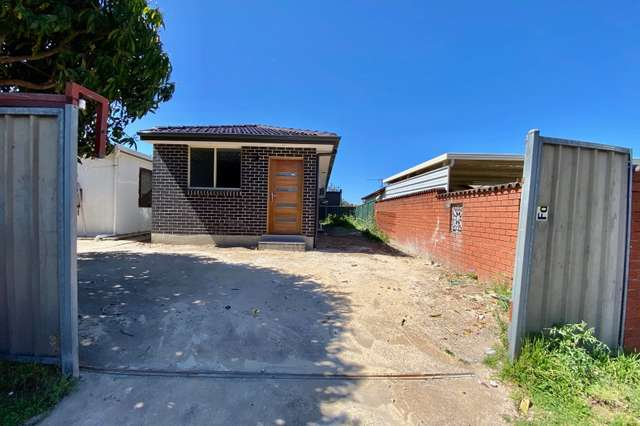 1a Beale Crescent, Fairfield West NSW 2165