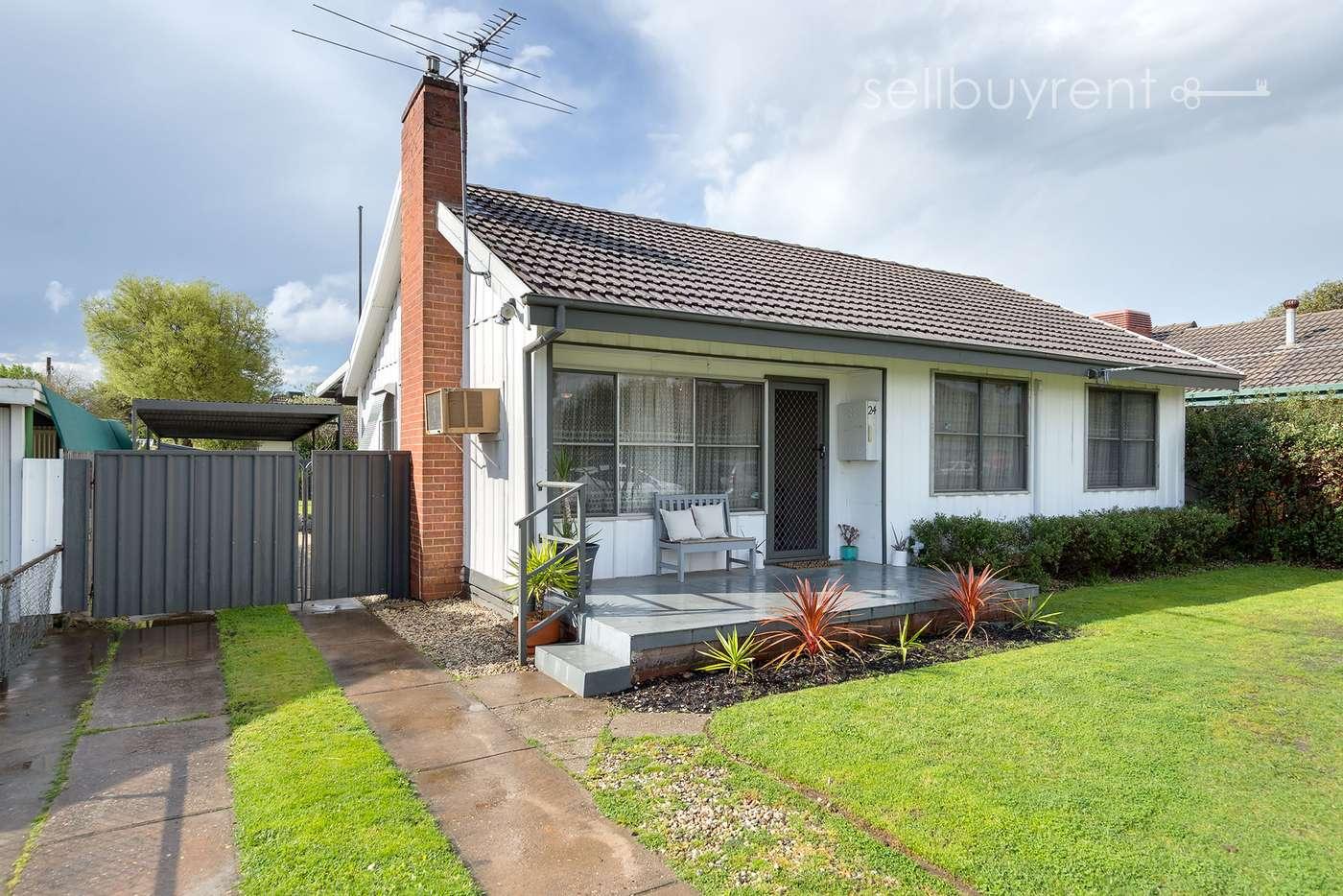 Main view of Homely house listing, 24 PEARCE STREET, Wodonga VIC 3690